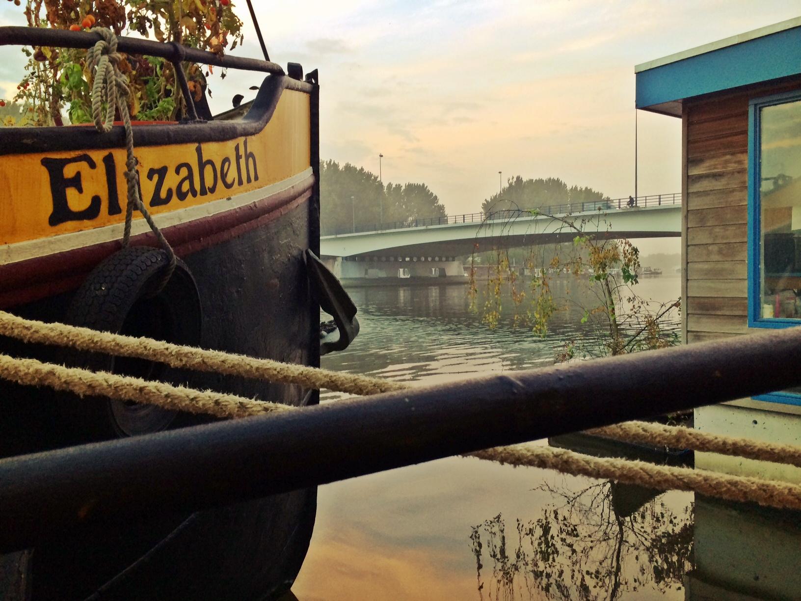 Overnachten om een woonboot Amsterdam